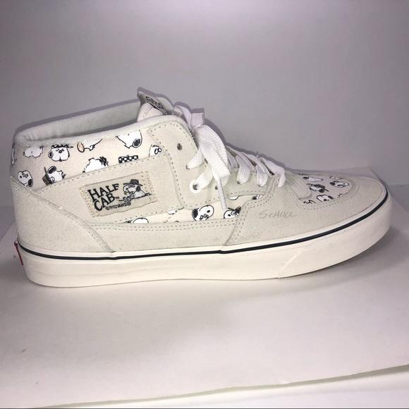 b8cc03a3bc Van X Peanuts Half Cab Beige Snoopy Sneaker